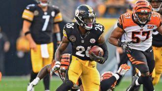 Le'Veon Bell durante un partido con los Steelers la campaña pasada