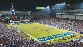 Vista del Memorial Coliseum en un juego de la presente temporada
