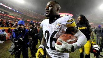 Le'Veon Bell, durante un juego con Steelers