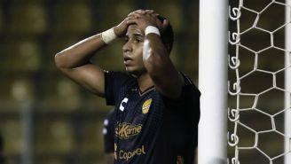 Juan Galindrez en lamento se lamenta tras falla contra Mineros