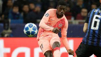 Dembéle en una jugada con el Barcelona