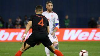 Ramos, pelea el balón frente a Perisic