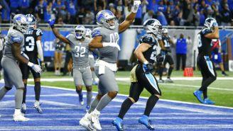 Linebacker de los Lions festeja falla de conversión de Carolina