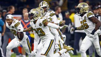 Jugadores de los Saints celebran triunfo contra Philadelphia
