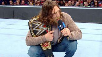Daniel Bryan en SmackDown Live con el campeonato