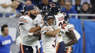 Jugadores de Bears celebran el Pick Six de Eddie Jackson