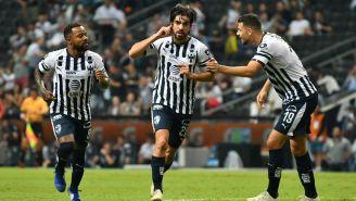 Monterrey festeja gol de Rodolfo Pizarro