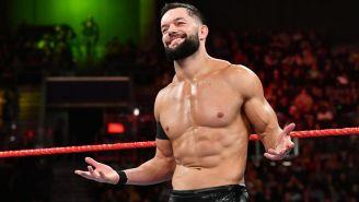 Finn Bálor antes de una lucha en RAW