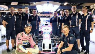 Pérez, celebra junto a su equipo el buen desempeño de Force India en F1