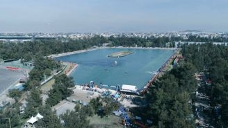 Vista del lago artificial de la CDMX