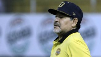 Maradona, en un juego de Dorados