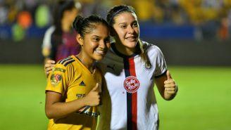 Belén Cruz y Norma Palafox, tras el juego entre Tigres y Chivas de la J17