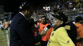 Maradona, durante una entrevista con reportero