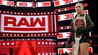 Ronda Rousey en una lucha en RAW