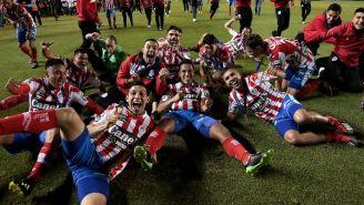 Jugadores de San Luis festejan título de Campeón