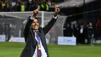 Alfonso Sosa celebra al título con San Luis