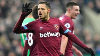 Javier Hernández celebra un gol con el West Ham