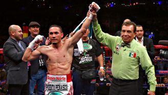 Francisco 'Gallo' Estrada celebra victoria