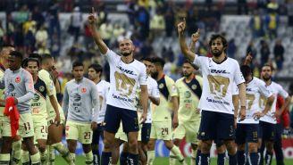 Jugadores de Pumas lamentan la derrota y saludan a la afición