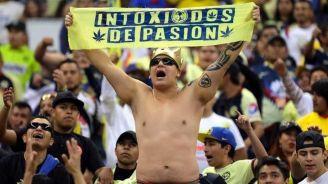 El Congo alienta al América en el Estadio Azteca