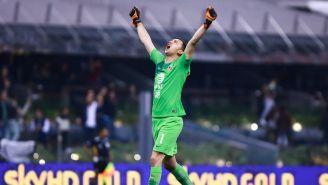 Marchesín celebra triunfo en Semi contra Pumas