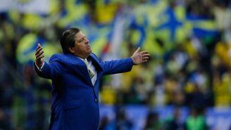Miguel Herrera en el partido contra La Máquina