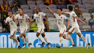 Kashima festejando el tercer gol ante Chivas