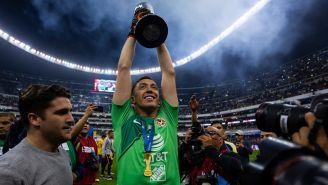 Marchesín alzó en todo lo alto el título 13 de las Águilas