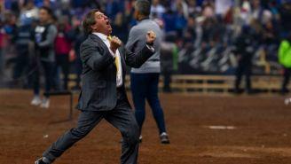 Miguel Herrera celebra el título del América