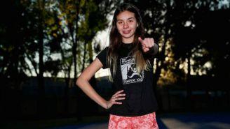 Alegna González sonríe para la postal de RÉCORD