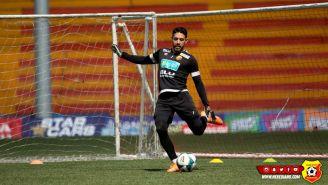 Leonel Moreira, durante un entrenamiento con el Herediano