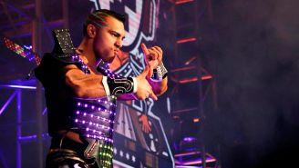 DJZ hace su entrada al ring
