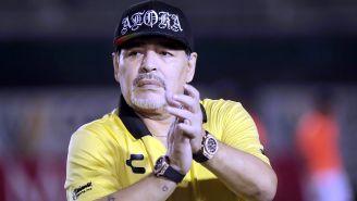 Diego Armando Maradona durante un encuentro contra Venados