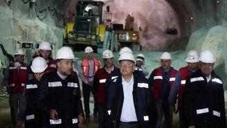 AMLO y Espriú hacen un recorrido por las obras del Metro