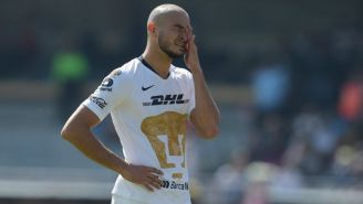 Carlos González se lamenta en el duelo frente al Veracruz