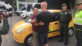 Don Hortensio ly el entrenador del Cúcuta se abrazan