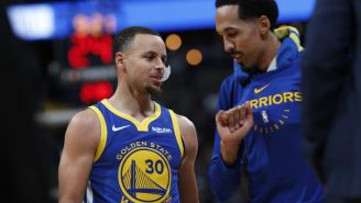 Shaun Livingston y Stephen Curry en duelo contra Nuggets