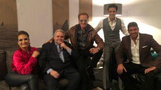 Emmanuel con los integrantes de Shark Tank México