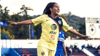 Lucero Cuevas festeja gol ante Cruz Azul en la J3 del C2019