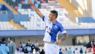 Rodrigo Contreras festeja triunfo de su equipo