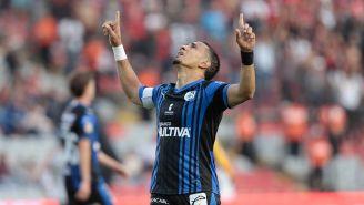 Camilo da Silva festeja un gol con Gallos