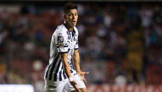 Maximiliano Meza festeja un gol con Monterrey