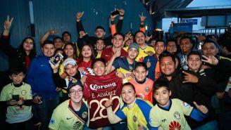 Aficionados del América en el aeropuerto de Monterrey