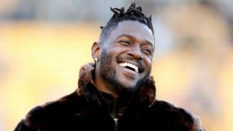 Antonio Brown, previo a un partido