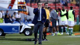 Rafa Puente Jr. sufre derrota de Gallos ante León