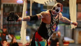 Pagano hace su entrada al ring