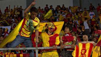 Aficionados del Morelia durante un partido