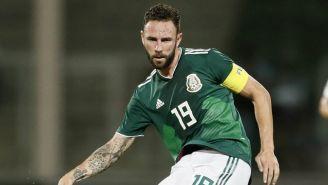 Layún durante un juego de la Selección Mexicana