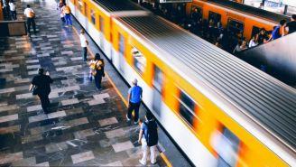 Anden del Sistema de Transporte Colectivo Metro