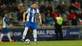 Héctor Herrera durante un partido del Porto